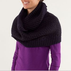 NWOT Lululemon 'Infinitely Mad' Scarf Purple Knit